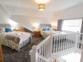 Apartment No4 - North Wales - 1071330 - thumbnail photo 12