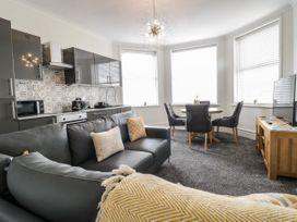 Apartment No3 - North Wales - 1071332 - thumbnail photo 7