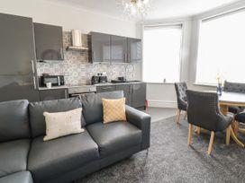 Apartment No3 - North Wales - 1071332 - thumbnail photo 11