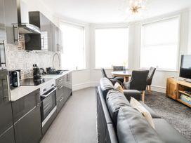 Apartment No3 - North Wales - 1071332 - thumbnail photo 13