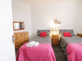 Apartment No3 - North Wales - 1071332 - thumbnail photo 14