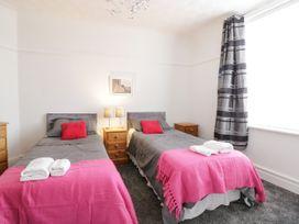 Apartment No3 - North Wales - 1071332 - thumbnail photo 15