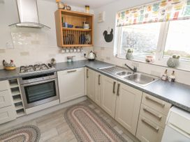 Holly Cottage - South Wales - 1071375 - thumbnail photo 8