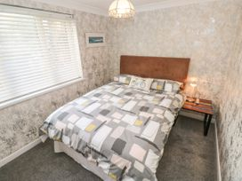 Holly Cottage - South Wales - 1071375 - thumbnail photo 12