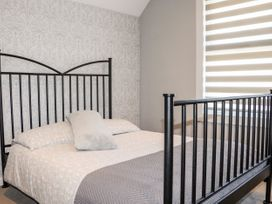 20 Barnfield Terrace - Cornwall - 1071434 - thumbnail photo 18