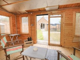 The Old Gate House Annexe - Lincolnshire - 1071500 - thumbnail photo 14