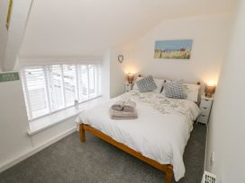 Calmary Cottage - Anglesey - 1071506 - thumbnail photo 9