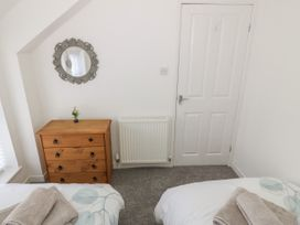 Calmary Cottage - Anglesey - 1071506 - thumbnail photo 13