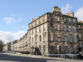 9/2 Albany Street - Scottish Lowlands - 1071615 - thumbnail photo 3