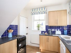 1st Floor Flat at Wylfa - Anglesey - 1071647 - thumbnail photo 7