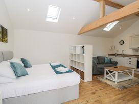 2 Welford Barns - South Coast England - 1071698 - thumbnail photo 7