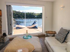 Warfleet Boathouse Cottage - Devon - 1071853 - thumbnail photo 3