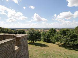 Castle Top Retreat - Lincolnshire - 1071951 - thumbnail photo 27