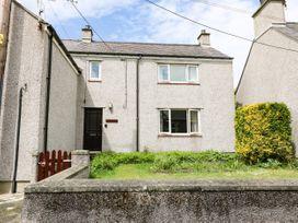Idan House - Anglesey - 1072014 - thumbnail photo 1