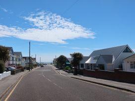 4 Dalmeny Road - Dorset - 1072058 - thumbnail photo 37