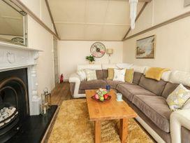Upper Butchers Cottage - Dorset - 1072388 - thumbnail photo 5