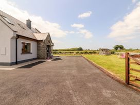 Paddy's Haven - County Clare - 1072699 - thumbnail photo 2