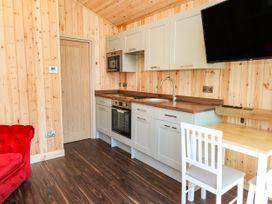 The Cabin - South Wales - 1072851 - thumbnail photo 4
