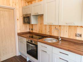 The Cabin - South Wales - 1072851 - thumbnail photo 6
