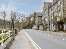 Lodge 5 - North Wales - 1073105 - thumbnail photo 24