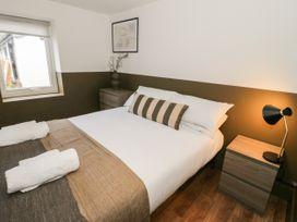 Lodge 8 - North Wales - 1073108 - thumbnail photo 11