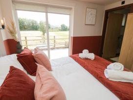 Lodge 16 - North Wales - 1073117 - thumbnail photo 13