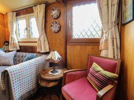 Dolly the Circus Wagon - Mid Wales - 1073267 - thumbnail photo 3