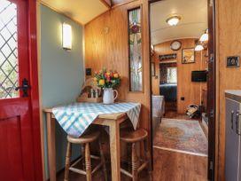 Dolly the Circus Wagon - Mid Wales - 1073267 - thumbnail photo 9