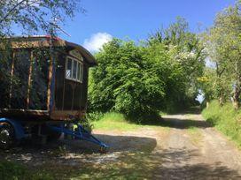 Dolly the Circus Wagon - Mid Wales - 1073267 - thumbnail photo 19