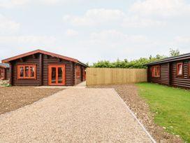Elm Lodge - Lincolnshire - 1073311 - thumbnail photo 2