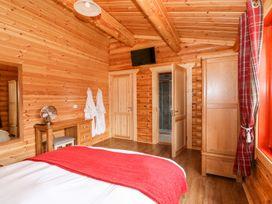 Elm Lodge - Lincolnshire - 1073311 - thumbnail photo 13