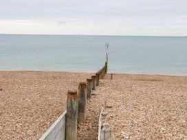 46A Sea Front - South Coast England - 1073325 - thumbnail photo 23