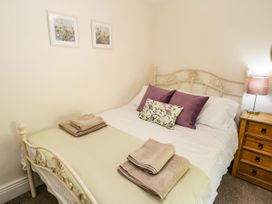 Chapel Cottage - North Yorkshire (incl. Whitby) - 1073539 - thumbnail photo 16