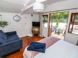 Penlanfach Cottage - South Wales - 1073645 - thumbnail photo 17