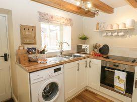 Wren's Nest Cottage - Whitby & North Yorkshire - 1073718 - thumbnail photo 6