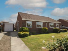 Rose Bungalow - North Yorkshire (incl. Whitby) - 1073740 - thumbnail photo 1