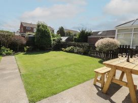 Rose Bungalow - North Yorkshire (incl. Whitby) - 1073740 - thumbnail photo 16