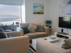 Apartment 3 Fistral Beach - Cornwall - 1073836 - thumbnail photo 2