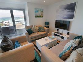 Apartment 3 Fistral Beach - Cornwall - 1073836 - thumbnail photo 4