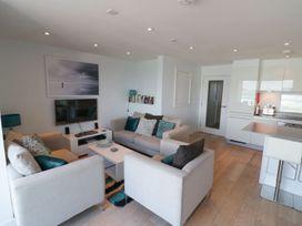 Apartment 3 Fistral Beach - Cornwall - 1073836 - thumbnail photo 8