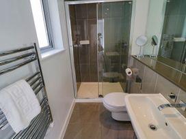 Apartment 3 Fistral Beach - Cornwall - 1073836 - thumbnail photo 19