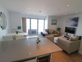 Apartment 3 Fistral Beach - Cornwall - 1073836 - thumbnail photo 20