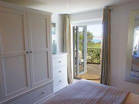 White Water - Cornwall - 1073862 - thumbnail photo 23