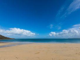 Beachside - Cornwall - 1073909 - thumbnail photo 1