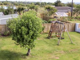 Tywod Pell - Anglesey - 1074077 - thumbnail photo 25