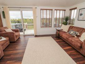 Woodland View Luxury Lodge - Northumberland - 1074112 - thumbnail photo 4