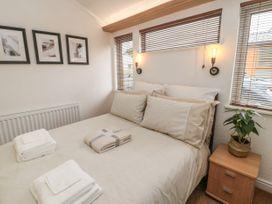 Woodland View Luxury Lodge - Northumberland - 1074112 - thumbnail photo 14