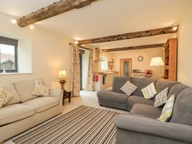 Chequers Barn - Somerset & Wiltshire - 1074156 - thumbnail photo 4
