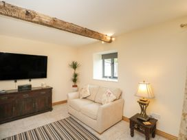 Chequers Barn - Somerset & Wiltshire - 1074156 - thumbnail photo 6