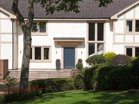 Dunham House - North Wales - 1074402 - thumbnail photo 2